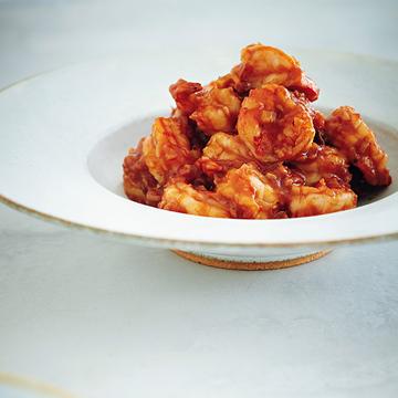 家のコンロで簡単本格中華!ウーさん流「えびチリ」レシピ