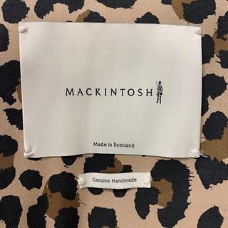 ドラマのある【MACKINTOSH】ゴム引きコートで、上品なオシャレマダムに近づく_1_5-1