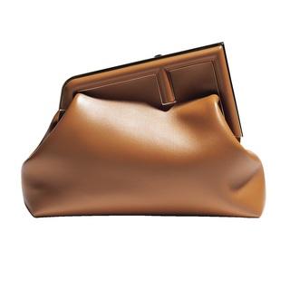存在感のあるバッグに、おしゃれプロがひと目惚れ!【ファッション名品】