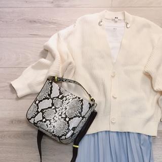 オールUNIQLOホワイトコーデ♡【momoko_fashion】