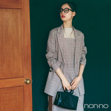 新木優子はチェックのセットアップでハンサムな美女に【毎日コーデ】