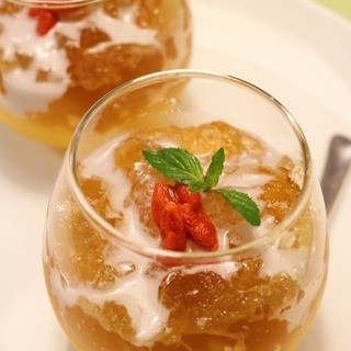 ♪黒豆茶とマンゴーの薬膳スイーツ♪梅雨の時期のティータイムに