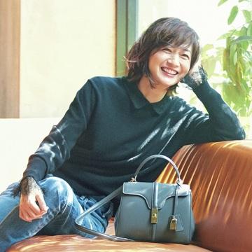 【富岡佳子のプライベートスタイル】シンプルに「甘さ」や「色気」をプラスして笑顔とパワーを