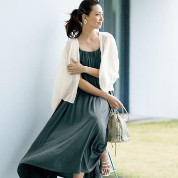 50代の真夏の日常着は『涼素材』『上品』な肌見せ服がおしゃれで快適!