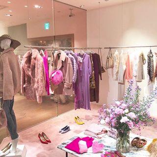 ロンハーマンに出現。ハッピーなピンクの空間