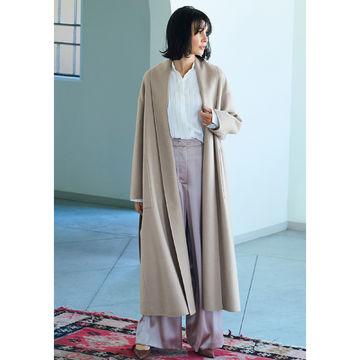 美しい着姿に惚れ惚れ「STUMBLY」のショールカラーコート