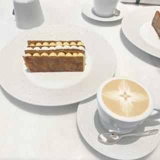 ルイヴィトンのカフェでちょっと贅沢なカフェタイム♪♪