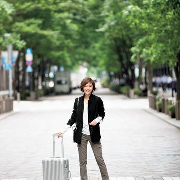 【秋の着回し】ラクちん&きれい見えをかなえるジャケットスタイルで、小旅行へ出発!