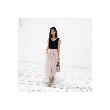 鈴木友菜のピンク×水色の足もとが夏っぽくて素敵♡【毎日コーデ】