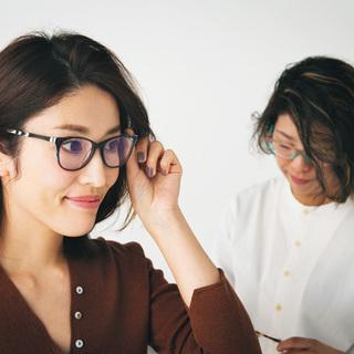 「同性からほめられるおしゃれなメガネが欲しい」【運命のメガネの探し方③】