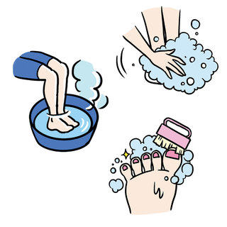 """「正しく洗う」が第一歩!汗をかきやすい足裏はニオイの発生源【夏の""""ナマ足問題""""】"""