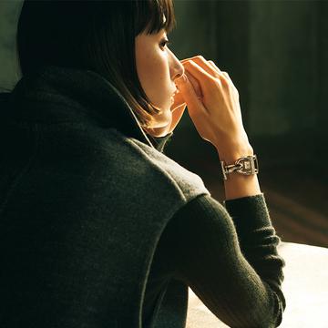 個性的な文字盤が魅力の「ヴァン クリーフ&アーペル」の時計【10の人生、10の時計】