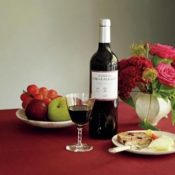 どんな料理も盛り上げる、美しい大人のワイン「カスティヨン・コート・ド・ボルドー」【飲むんだったら、イケてるワイン】