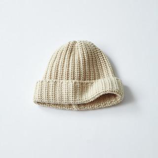 春まで使えるカジュアル小物2/ジョンストンズのニット帽