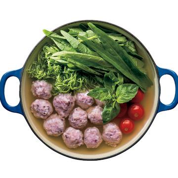 2.[青森県]イガメンチのベトナム風鍋