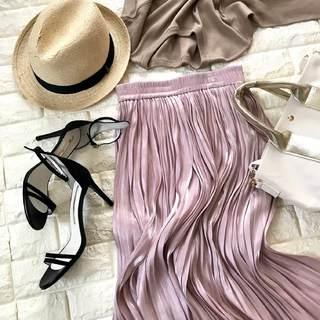 4,000円台で似合うピンクが手に入る!振り向き美人な揺れ落ちスカート【高見えプチプラファッション #8】