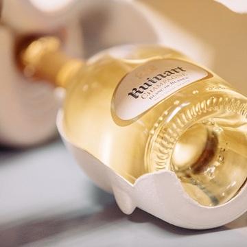 ルイナールが環境問題を配慮したサステイナブルパッケージ『セカンドスキン』を発表