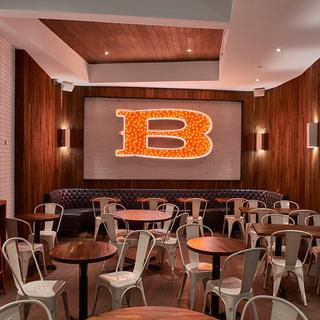 ブルックリンで行列のベーカリー「BAKED」が日本初出店! NYスタイルの焼き菓子を味わって