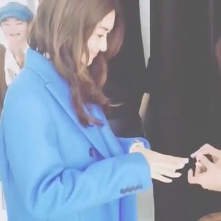 マリソル1月号メイキングムービー。ブルーのコートを着たブレンダ、素敵でした。