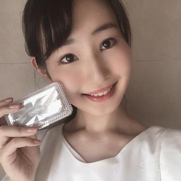 JILLの新作コスメが可愛すぎる♡②真珠入りアイシャドウ!?