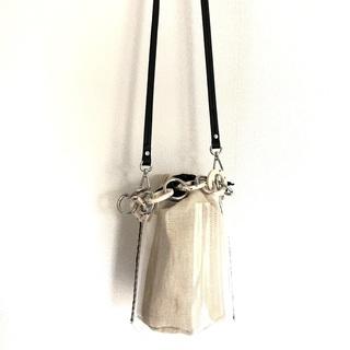 ディテールが好み♡なZARAの巾着型PVCバッグ