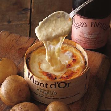 5.モンドールのオーブン焼き サヴァニャン風味