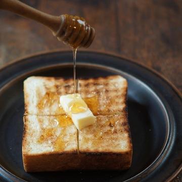ふわっ、サクッ、もっちり!美味しい食パンの焼き方