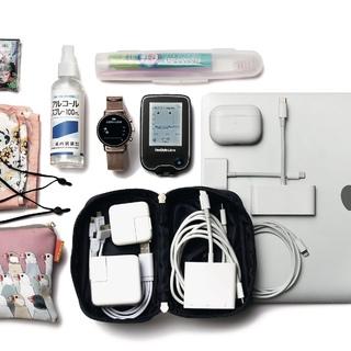 世界が注目する研究者のバッグの中身は、仕事も体調も管理する最新デジタルツールが豊富!【働く女のバッグの中身】