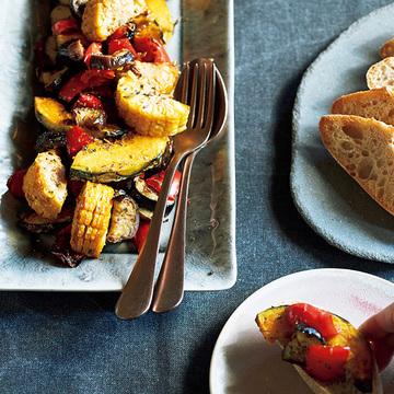 素材のうま味が凝縮!オーブンでラクチン「焼き野菜のスパイスサラダ」【元気になれるサラダ】
