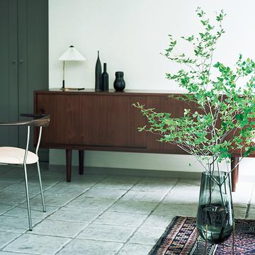 """【グリーンを洗練させるアイデア】美しい""""枝もの""""グリーンを素敵に見せるポイント"""