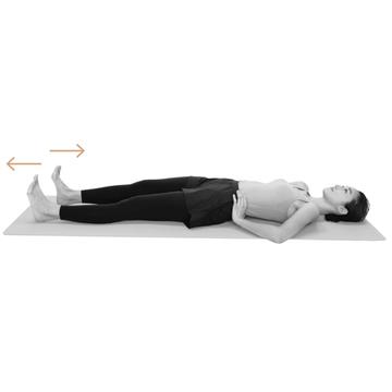 【骨盤を整えるストレッチ2】「寝たままかかと押し出し」で背中側で骨盤を支える筋肉の弾力を取り戻す!