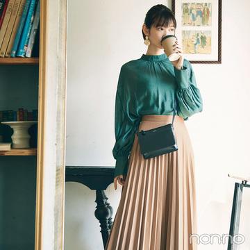 旬のエコレザースカートで作る進化系レディスタイル【毎日コーデ】