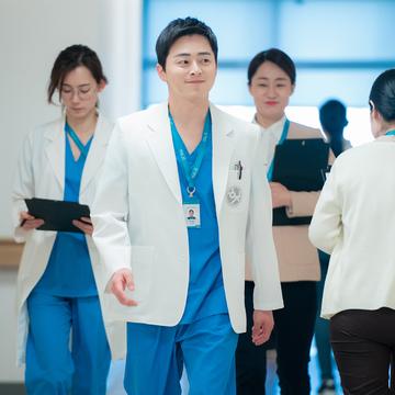 【Netflixおすすめ韓国ドラマ】『賢い医師生活』のあらすじ、キャストの魅力を解説!