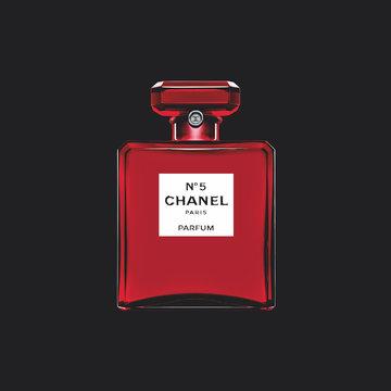「シャネル N°5」の赤い限定ボトルが、渋谷と銀座の街をジャック!