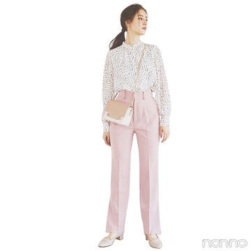 新木優子はトレンドのカラーパンツで大人可愛く!【毎日コーデ】