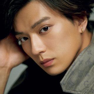 新田真剣佑「僕自身は、ロマンチストでありリアリストでもあると思う」【マリソル ・オム】