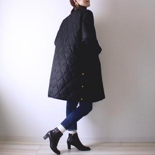 シーン選ばず羽織れる。絶妙キルティングコート。