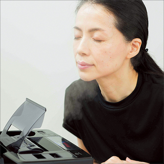 美容エディター・松本千登世さん「肌を芯から高めてうるおい力を引き上げる」【美人の保湿生活】