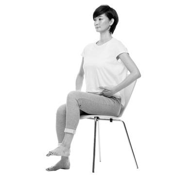 骨盤を鍛えれば自然に姿勢が良くなる! 老けない姿勢のつくり方③【From MyAge/OurAge】