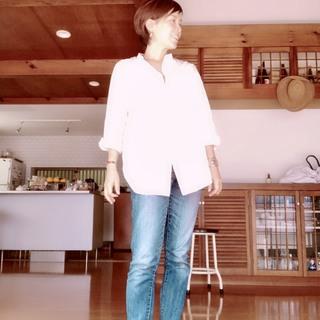 40代ファッションはシンプルに爽やかに