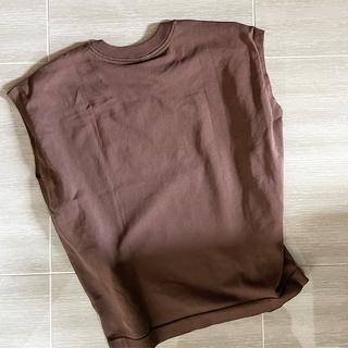 【無印良品】高見えブラウンカラーのTシャツ着回しで秋モードON