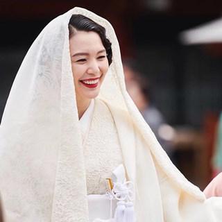 幸せオーラと笑顔にあふれた知花くららさんの結婚式に密着!
