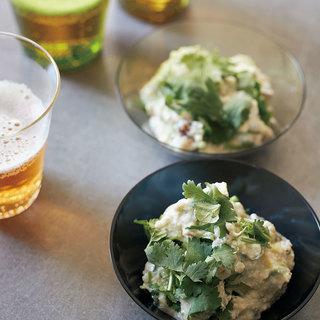 濃厚な味わいのピータン豆腐に爽やかな香りのクラフトビールが合う!【平野由希子のおつまみレシピ #49】