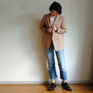 脱トレンチ!この春一番着まわしているのは最強ベージュのジャケットです。