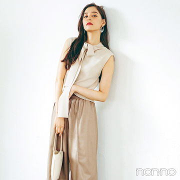 新木優子は新顔レザーパンツで秋スタイルを更新!【毎日コーデ】