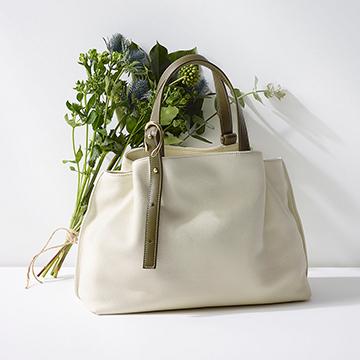 オンオフ使えるIBIZA(イビサ)のバッグ