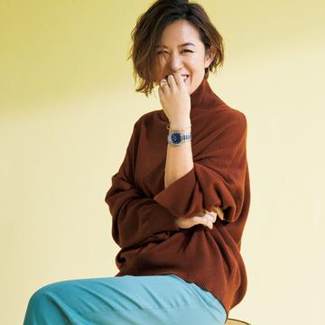 服に合わせてショートカットにイメチェン!大草直子さんの最新ヘアスタイル