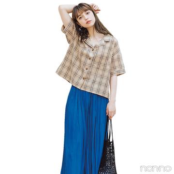 チェックシャツとレディスカート。真逆な組み合わせがイマドキ!【毎日コーデ】