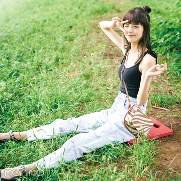 「オオカミちゃん」出演で人気急上昇! 鈴木ゆうかのフェスコーデ&夏メイク