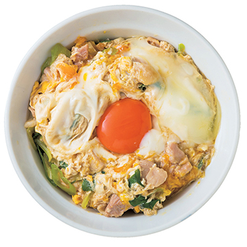 3種類の鶏肉と2種類の卵をブレンドして作り上げる 「とり伊の親子丼」